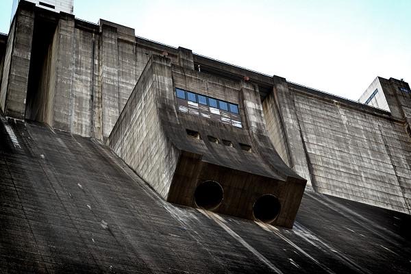 2013-01-28-竜門ダム01