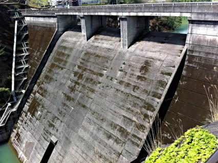 亀川ダム01