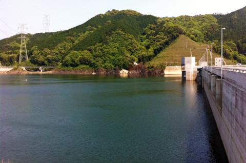 嘉瀬川ダム03