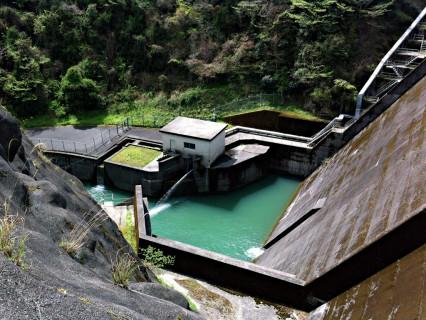 亀川ダム02