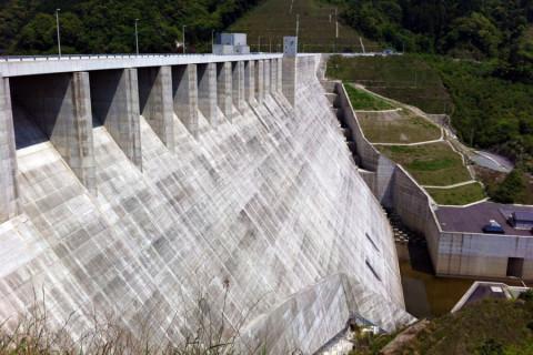 嘉瀬川ダム02
