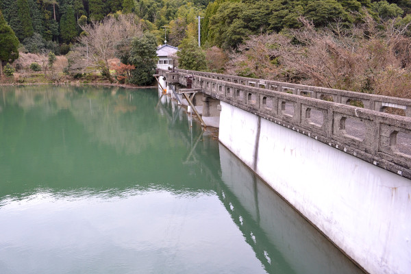 2013-02-17-平山上ため池04