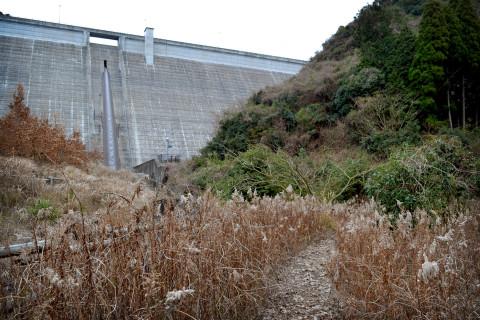 上津浦ダム02