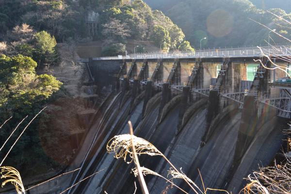 2013-01-20-岩屋戸ダム01