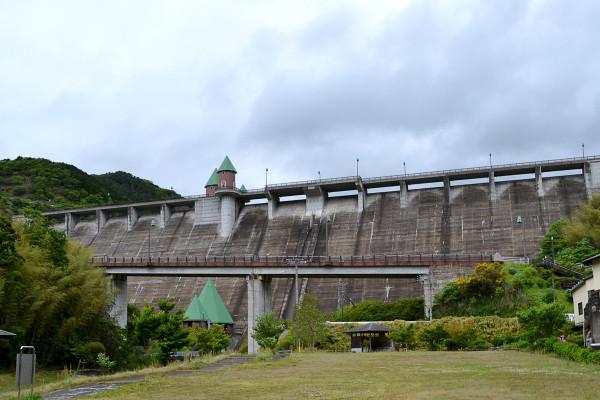 2013-05-19-鳴淵ダム01