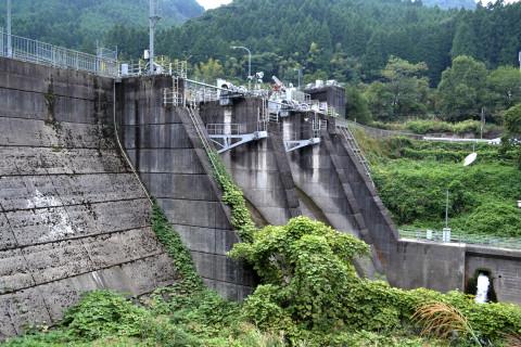 高瀬川ダム01