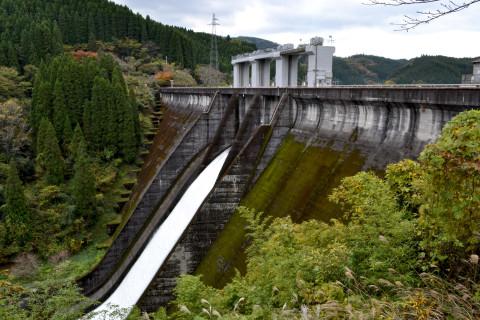芹川ダム01